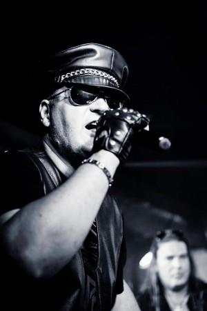 Peter Bekusch - Vocals